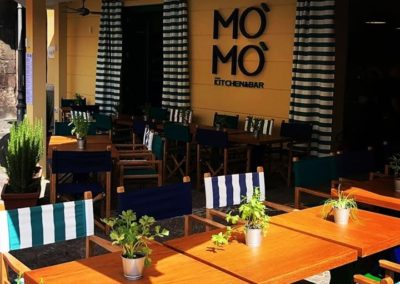 Mo' Mo' – Kitchen and Bar